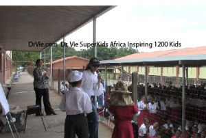 Dr-Vie-inspires-1200-kids-ages 6 to 14 to be SuperKids-of-Africa